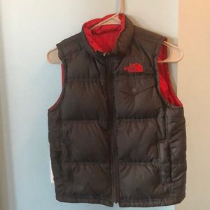 Boys reversible The North Face vest. 7/8